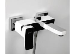 Aller 1061WHITE Смеситель для ванны с коротким изливом